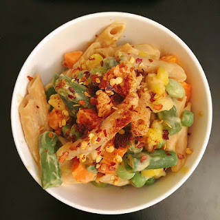 One Pot Creamy Hummus Pasta with Vegetables.