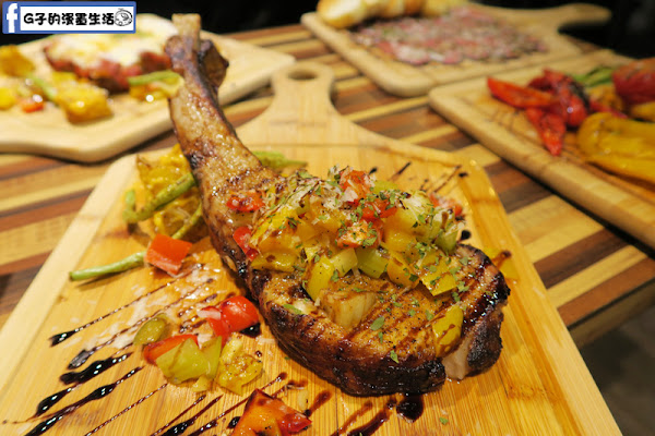 中和環球-方塊Pasta&Coffee-南義料理餐廳.肉食推戰斧豬排.千層麵