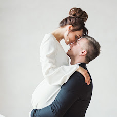 Wedding photographer Natalya Obukhova (Natalya007). Photo of 09.03.2018