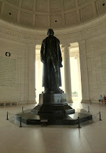 Photo: Jefferson Memorial