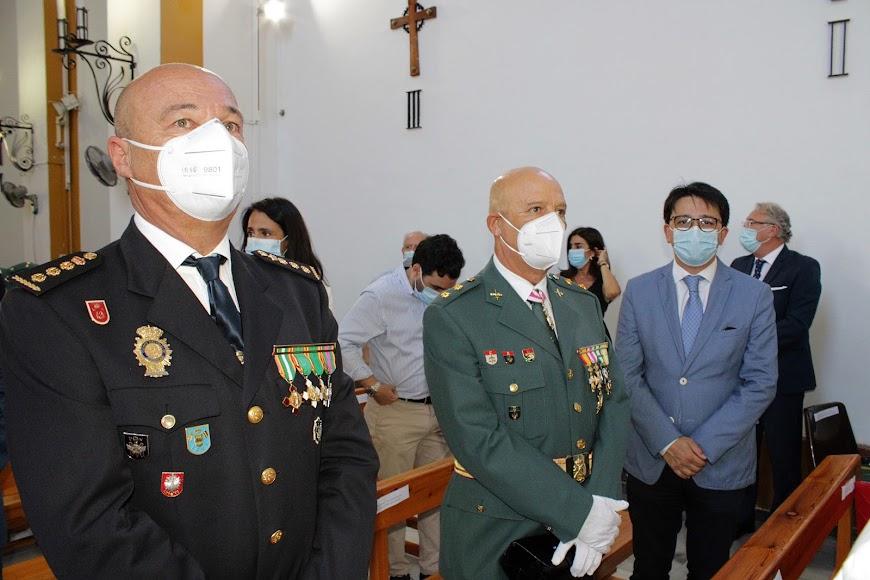 El comisario provincial de la Policía Nacional, el teniente de coronel de la Guardia Civil y el diputado provincial Manuel Guzmán.