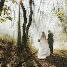Wedding photographer Aleksey Kim (offlaw). Photo of 12.09.2018