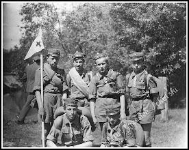 Photo: Rudniccy harcerze, rok 1957. (Skan zdjęcia udostępnionego przez Panią Zofię Chmiel) Link do poprzedniej części galerii: https://picasaweb.google.com/112015474171764344514/RudnikCd5#