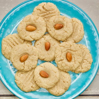 Easy Tahini Cookies.