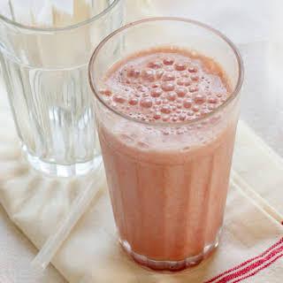 High Protein Strawberry Breakfast Smoothie.