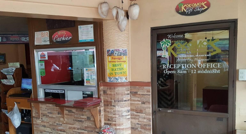 Kokomos Hotel and Restaurant