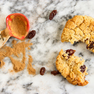 RAISIN + CONDENSED MILK COOKIES