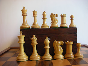 Photo: CH216; Ayres men at bottom - the upper pieces are from a 3.5in Jaques set from c.1900, and compare extremely well with them in terms of quality. The Jaques set is slightly smaller, but has the Kings' base the same width as the Ayres, which makes it a little more stable and aesthetically pleasing - the other pieces bases' however are wider in the Ayres.