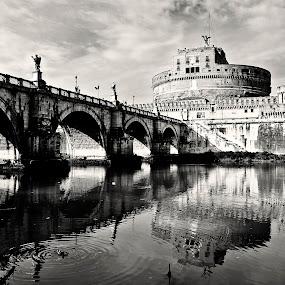 back in the times by Jarka Vojtaššáková - Buildings & Architecture Public & Historical ( castel del angelo, rome, castle, bridge, reflexion, italy, black&white )