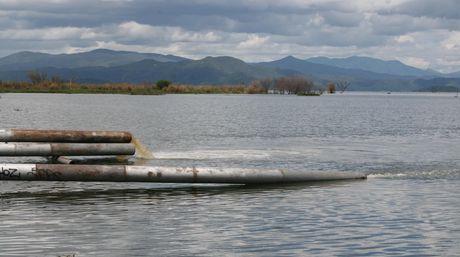 http://www.el-nacional.com/regiones/Lago-Valencia-Foto-Mariana-Rojas_NACIMA20120909_0302_6.jpg
