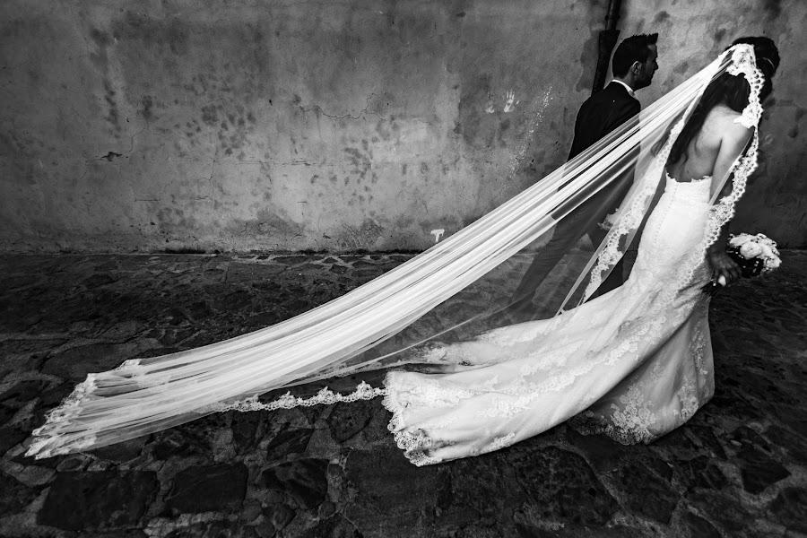 Wedding photographer Leonardo Scarriglia (leonardoscarrig). Photo of 31.01.2018