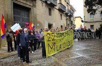 Photo: Marcha de la Dignidad. Huesca. 21.03.2015 En el ayuntamiento oscense