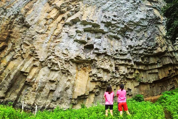 Batu Dinding Kilo 3 Amurang