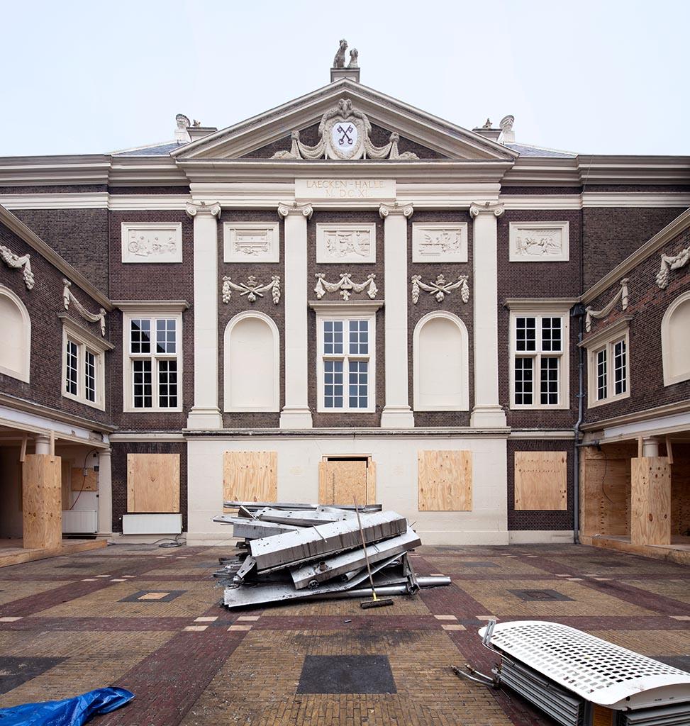 Voorplein Museum De Lakenhal