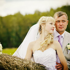 Wedding photographer Denis Moschenko (44444). Photo of 01.05.2013