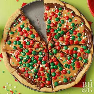 Holiday Cookie Pizza.