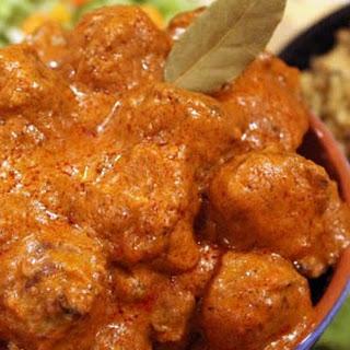 Quickie Creamy Tomato Curry Meatballs {Recipe}