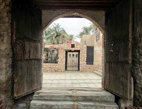 Photo: Rannalla Aqaban linnan luona