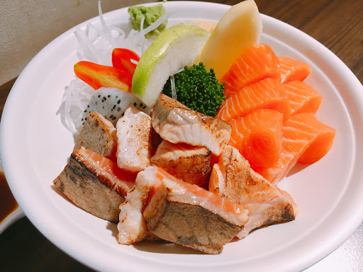 好吃好飽😝 生魚片🐟👍👍