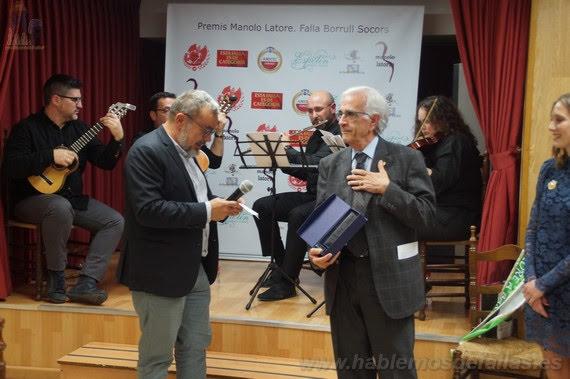La Falla Borrull Socors otorga los Premios Latorre 2018 a Pepe García Bosch y Amparo Gómez