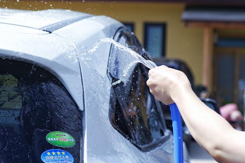 暑い車内温度を一気に下げる方法