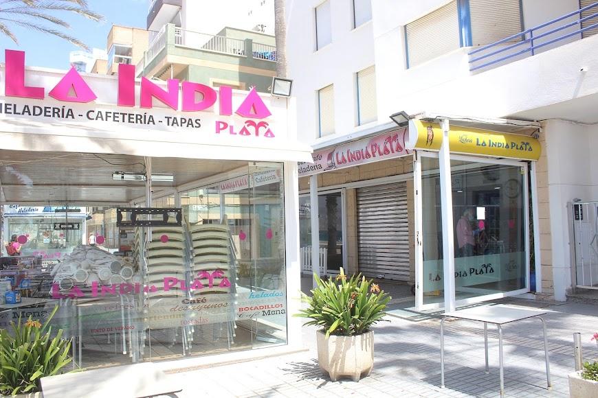 La India Playa, establecimiento ubicado en el Paseo Marítimo.