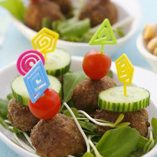 Rissoles with Salad Vegetables