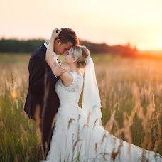 Wedding photographer Veronika Yarinina (Ronika). Photo of 02.08.2017