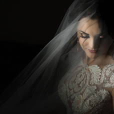 Wedding photographer Vasil Dochinec (Vasilij33). Photo of 12.10.2016