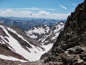 Photo: vue sur le versant sud transfrontalier