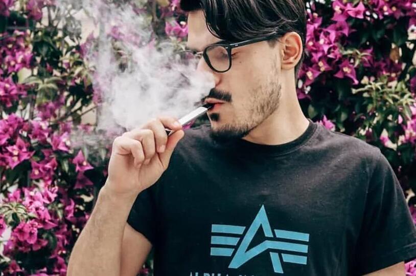 抽電子煙一個月要花費多少錢?