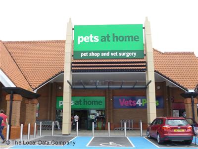 Pets At Home On Stirling Road Pet Shops Pet Supplies In Rawcliffe York Yo30 4xz