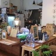 爐鍋咖啡 Luguo Cafe