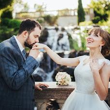Wedding photographer Dmitriy Burgela (djohn3v). Photo of 01.09.2017