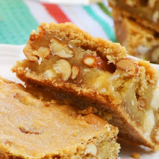 Buttery Blondies with White Chocolate and Peanuts.
