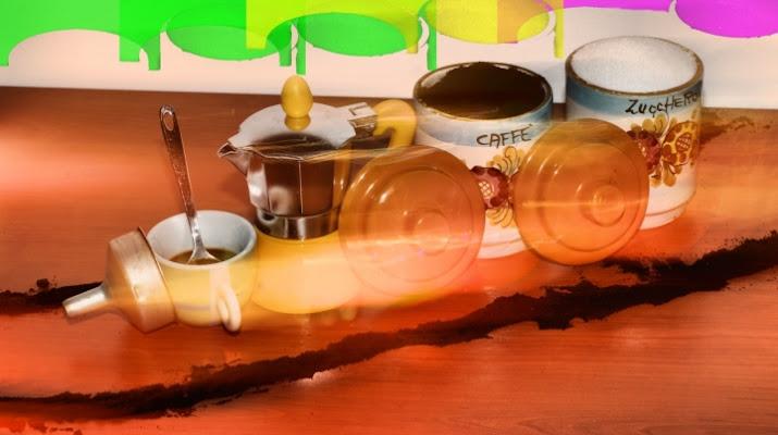 Un treno di caffè di Bluzenit