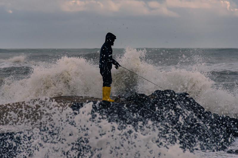 Il Pescatore tra le onde di StefanoM