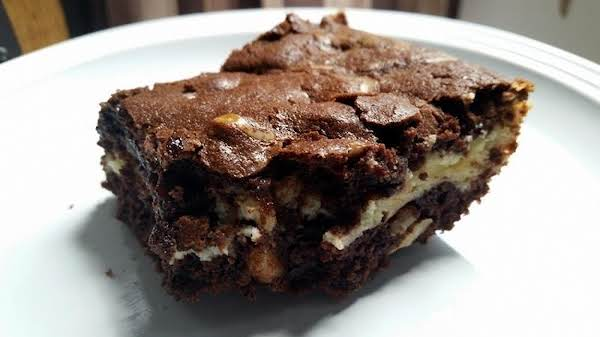 ~ Rich Decadent Cheesecake Brownies ~