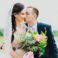 Wedding photographer Yuliya Demidova (juls). Photo of 27.07.2017