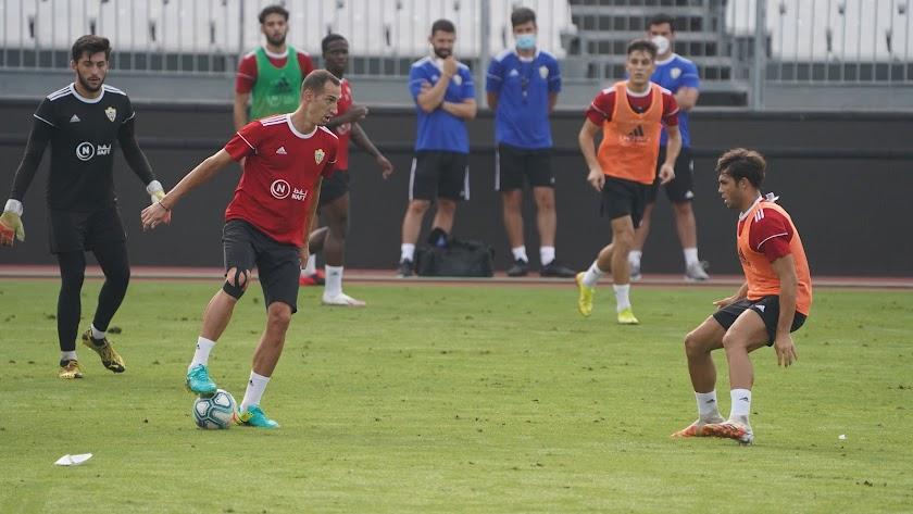 El Almería tiene previsto jugar este jueves en Montilivi.