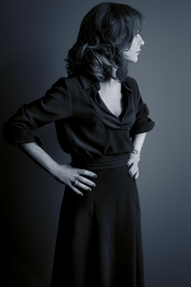 Изабель Юппер в фотосессии Каннского фестиваля-2016