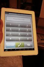 Photo: Los teléfonos son cada vez + grandes...y con este hablo hasta hartar por 1€/mes ;)