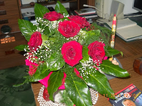 Photo: 11 XI 2013 roku - już idą z kwiatkami
