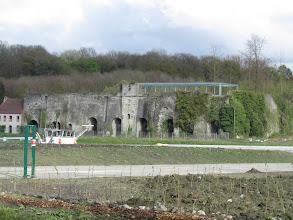 Photo: ruïne in Antoing
