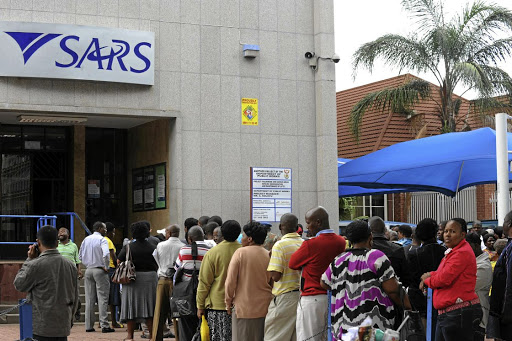 Taxpayers queue to file their income tax returns at the Sars office in Polokwane, in Limpopo. Picture: SOWETAN
