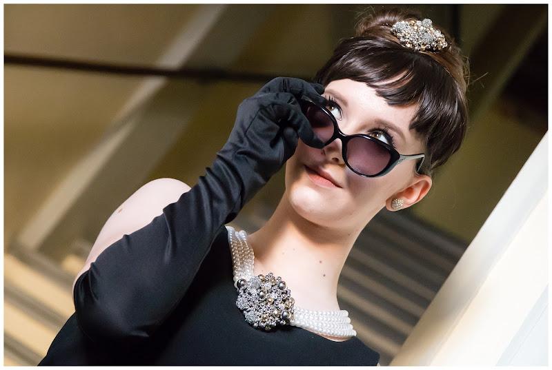 Come Audrey Hepburn di E l i s a E n n E