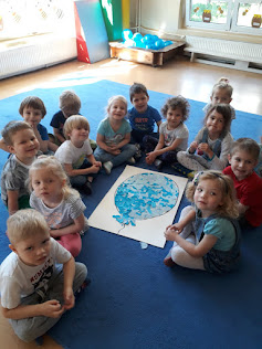 Krasnale: Na niebiesko dla autyzmu