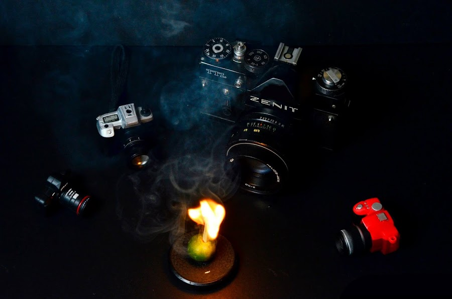 Center Flame by Monico Montero - Artistic Objects Toys
