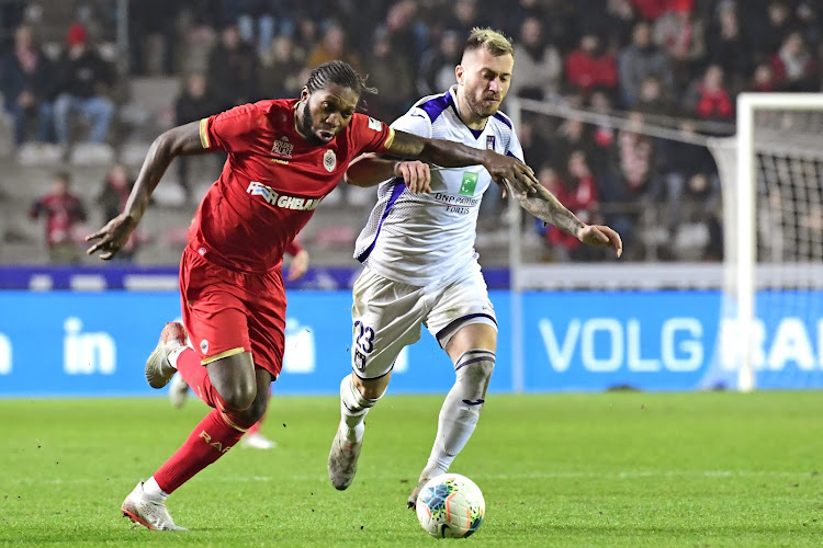 Overbodige Anderlechtspeler dicht bij transfer naar ploeg van Rode Duivel
