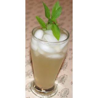 Bold Basil Lemonade